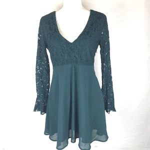 Forever21 Green Lace Bodice V-neck Dress Size M
